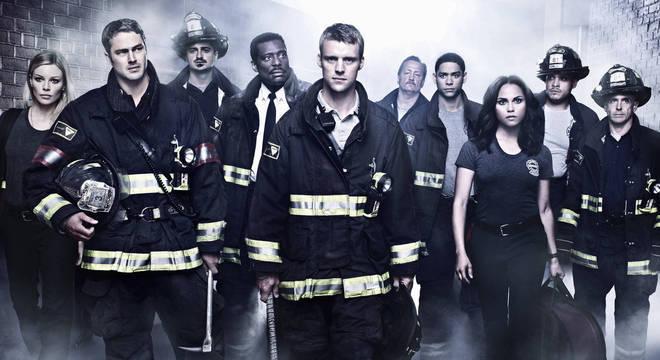 """A série """"Chicago Fire"""" estreia em nova temporada no próximo dia 15"""