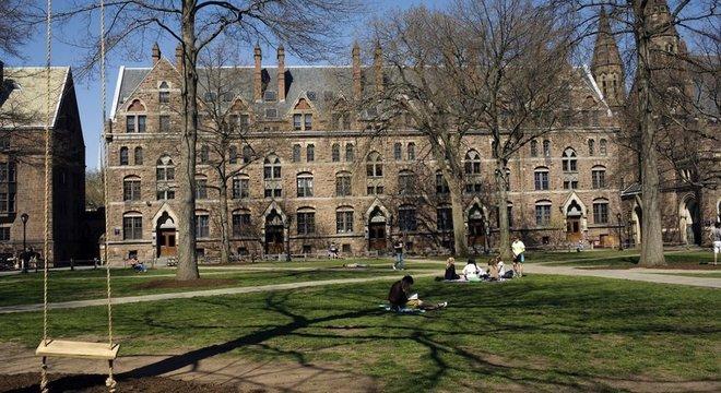 Curso sobre psicologia positiva é o mais concorrido dos três séculos de história da Yale