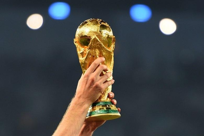 Dez curiosidades que você precisa saber sobre taça da Copa do Mundo - Fotos  - R7 Futebol 8e0deb92fa552
