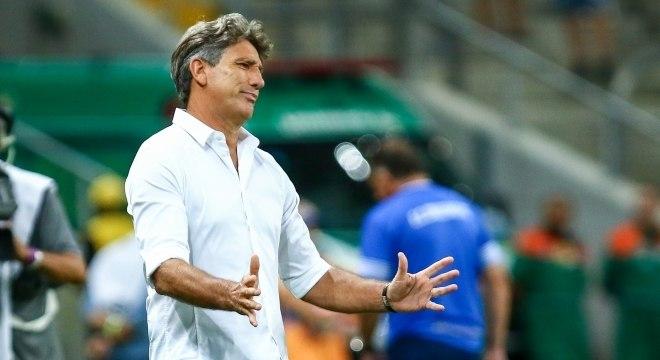 Renato define relacionados do Grêmio sem Arthur e Madson — Recopa