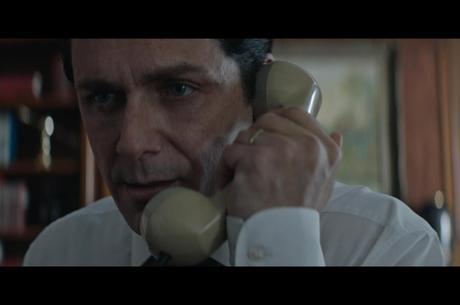 Cena do filme Nada a Perder, sobre Edir Macedo