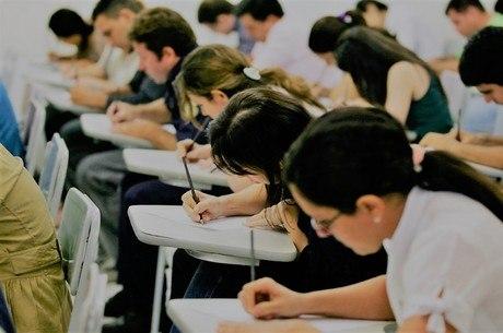 MEC determina retorno às aulas presenciais para federais