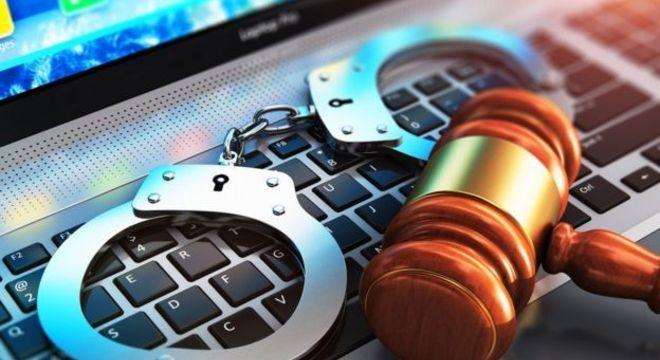 Cortes americanas avaliação de risco de reincidência criminal com base em algoritmo