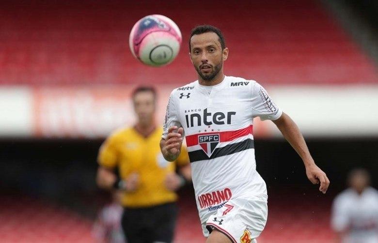 Nenê prevê trabalho duro para melhorar ritmo de jogo no São Paulo