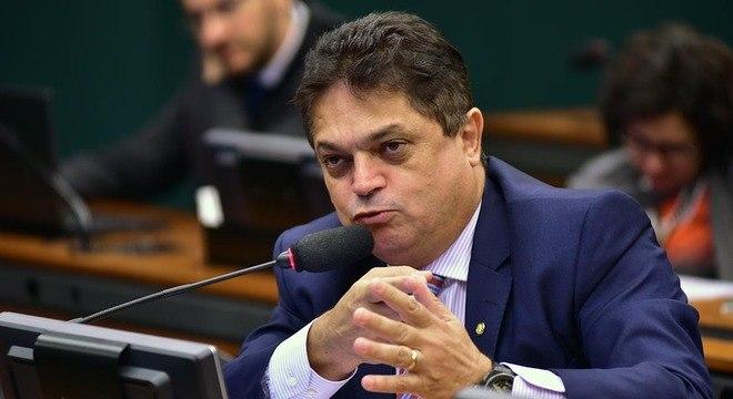 Resultado de imagem para deputado João Rodrigues