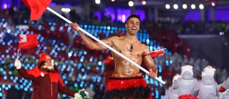 Besuntado de Tonga volta a atacar, agora nos Jogos de Inverno