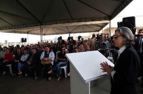 Cármen Lúcia criticou sistema penitenciário brasileiro