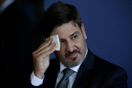 Segovia vai explicar a Barroso declarações sobre  Temer