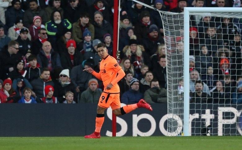 Liverpool bate Southampton em grande atuação da dupla Firmino e Salah