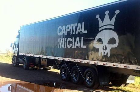 Bandidos tentaram roubar caminhão, disse cantor