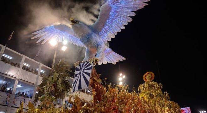 Portela, atual campeã do Carnaval do Rio, desfila hoje (12)