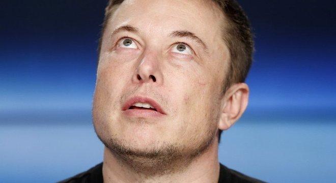 Musk é descrito como louco por alguns e como visionário por outros