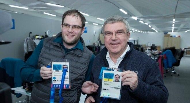 Repórter e presidente do COI, Thomas Bach se encontraram em PyeongChang