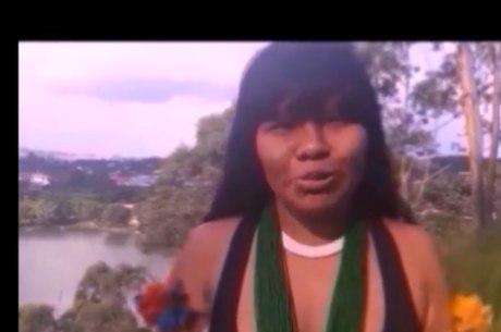 Vídeo de Ysani sobre cocar no carnaval viralisou no Facebook e foi reproduzido por sites feministas, atingindo mais de 1,5 milhão de visualizações