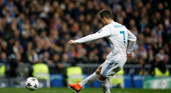 Cristiano Ronaldo marcou dois gols na vitória do Real Madrid sobre o PSG