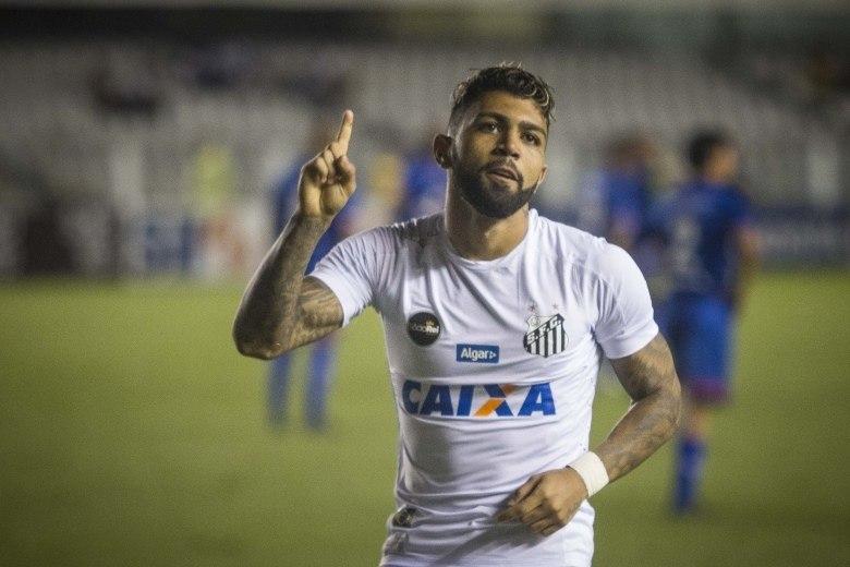 Santos tem dois jogadores pendurados para o jogo contra o São Caetano