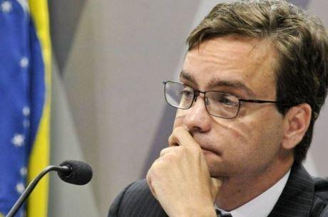 Ministro Gustavo Rocha visitou menino brasileiro