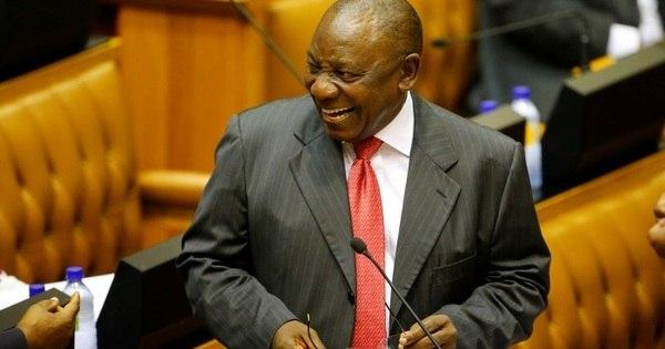 África do Sul: parlamento confirma reeleição de Ramaphosa