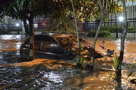 Resultado de imagem para temporal no rio