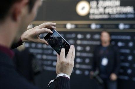 Fabricantes de celulares foram acusadas de espionagem