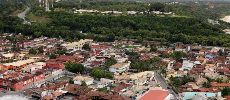 Os corpos das vítimas foram levados para o Departamento de Polícia Técnica (DPT) de Porto Seguro