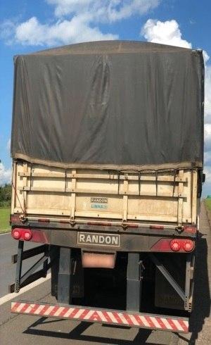 Caminhão carregava drogas