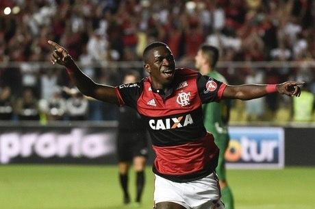 Vinícius Júnior marcou gol do título do Flamengo