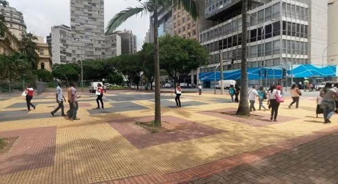 Corpo de homem é encontrado sobre faixa de pedestre no centro de SP