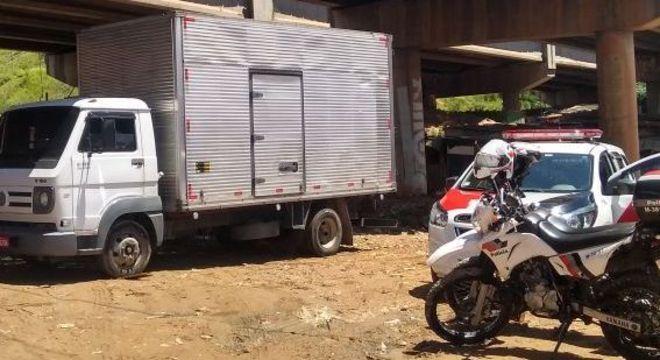 Vítima foi liberada e o veículo recuperado