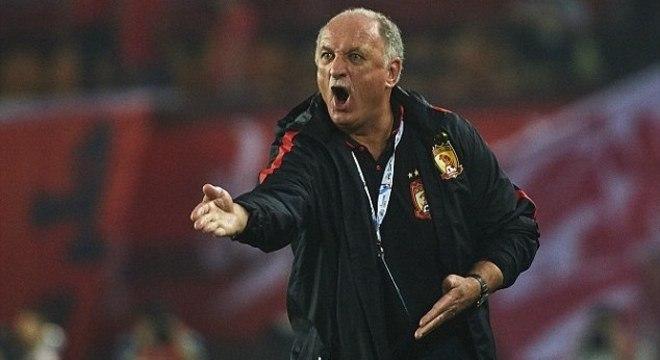 Scolari é um dos nomes preferidos da diretoria para assumir o Flamengo