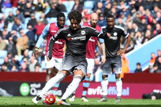 Em 2016, o Chelsea investiu em um Alexandre Pato desacreditado. Foram dois jogos e um gol marcado, de pênalti