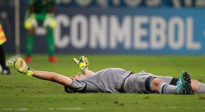 Marcelo Grohe defendeu o último pênalti, que culminou no título do Grêmio