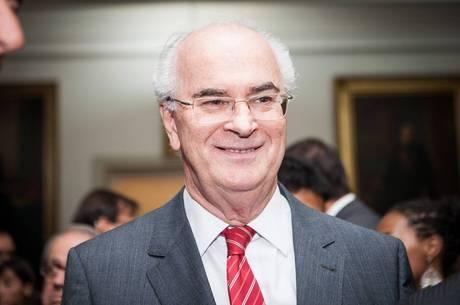 Roberto Teixeira é amigo próximo do ex-presidente Lula
