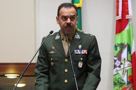 General Richard Fernandez comandou ocupação na Maré
