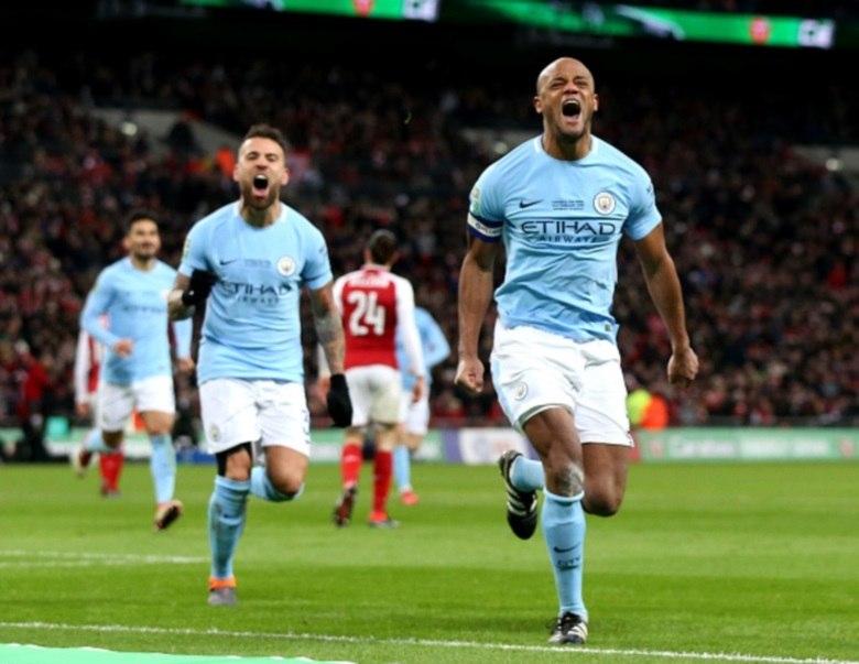 Com Gabriel Jesus em campo, Guardiola conquista primeiro título com o City