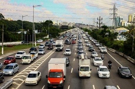 Foram 42,6 mil ocorrências de roubo de carros em 2017