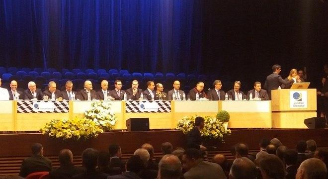 Também tomou posse o vice-presidente e corregedor Regional Eleitoral