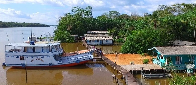 Os piratas agem contra os turistas e ribeirinhos que moram na região norte do País