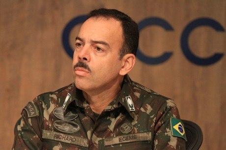 General Richard Nunes é novo secretário de Segurança