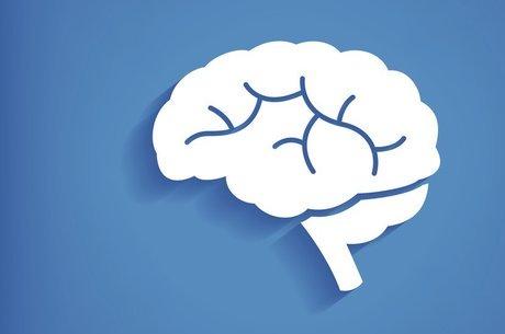 A demência afeta a memória e funções cognitivas do cérebro - e o consumo excessivo de álcool pode intensificar esses efeitos