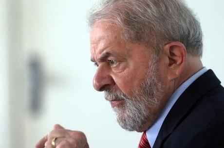 PT vê possibilidade de prisão de Lula