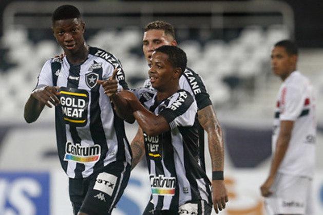2020 - Botafogo rebaixado / Na 9ª rodada estava na 17ª colocação, com 9 pontos