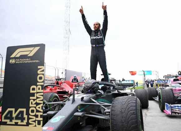 2020 foi o ano do Lewis Hamilton. Relembre as 11 vitórias do heptacampeão na temporada (Por GRANDE PRÊMIO).