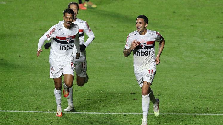 2020 - Mesmo sendo eliminado precocemente das competições, o São Paulo continuou sob o comando de Fernando Diniz, deu a volta por cima e está na liderança do Brasileirão e nas semifinais da Copa do Brasil, dando a torcida esperança de sair da fila de oito anos sem títulos.