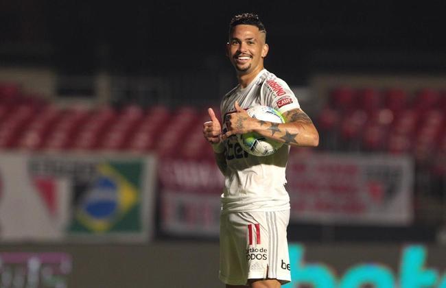 2021 - O São Paulo vai para a sua 21ª participação em Libertadores na história. Com Crespo no comando técnico, Daniel Alves, e Luciano marcando gols, o Tricolor espera uma boa campanha na competição continental.