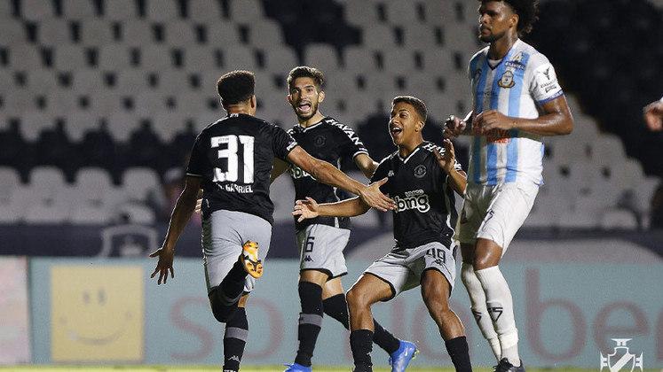 21º - Vasco - Uma vitória, três empates e duas derrotas - 6 pontos - 40% aproveitamento