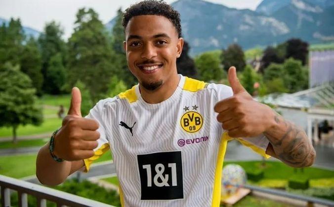 22° colocado - Borussia Dortmund - 70 jogadores contratados - Última aquisição: Donyell Malen (30 milhões de euros)