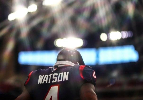 22º Houston Texans: Até que enfim Deshaun Watson sentiu o gostinho da vitória em 2020. Sem Bill O'Brien, o clima parece estar mais ameno em Houston.