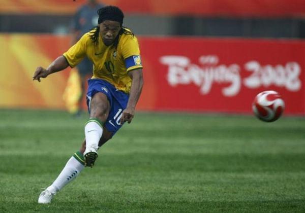 22) Ronaldinho Gaúcho (Brasil) - Futebol