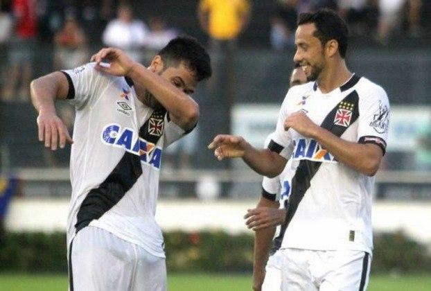 22º - Vasco 4x3 Bahia - Brasileirão 2016 - Em um jogo movimentado, Nenê marcou seu primeiro gol contra os baiano ao acertou um belo chute de fora da área